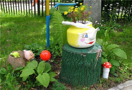Украсить садовый участок своими руками из подручных материалов фото