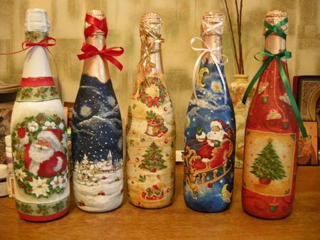 dekupazh-butylok-svoimi-rukami-foto-i-master-klass_2 Декупаж бутылок своими руками: свадебных, на день Рождения, Новый год. Как сделать декупаж свадебных бутылок шампанского и бокалов?