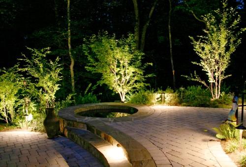 Ландшафтная подсветка на даче